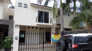 Casa Rio Rhin